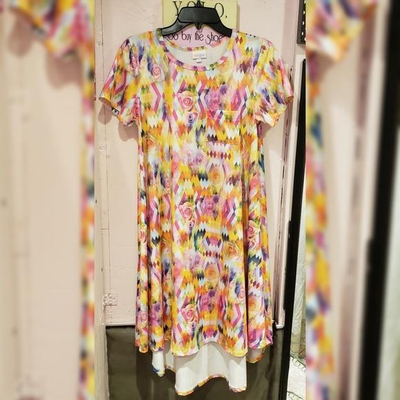 LuLaRoe Dresses & Skirts - Lularoe multi color floral dress size XS